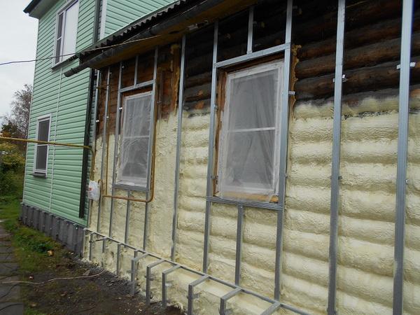 Утепление деревянного дома при помощи пенополиуретана 5