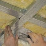 Как утеплять потолок в деревянном доме 1