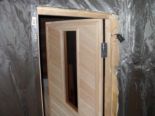 Применяем фольгированный утеплитель для стен внутри бани 5