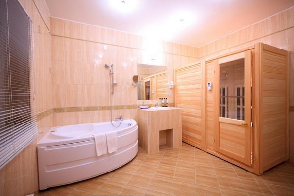 Проекты коттеджей с цокольным этажом - фото домов с цоколем 3