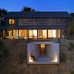 Проекты коттеджей с цокольным этажом - фото домов с цоколем 1
