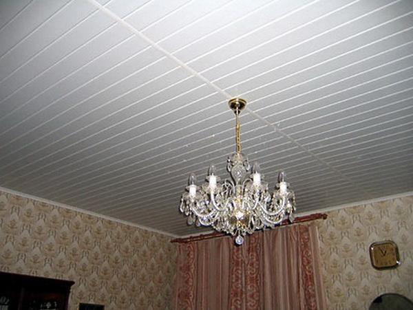 Панели ПВХ потолочные - обшиваем потолок в частном доме 2