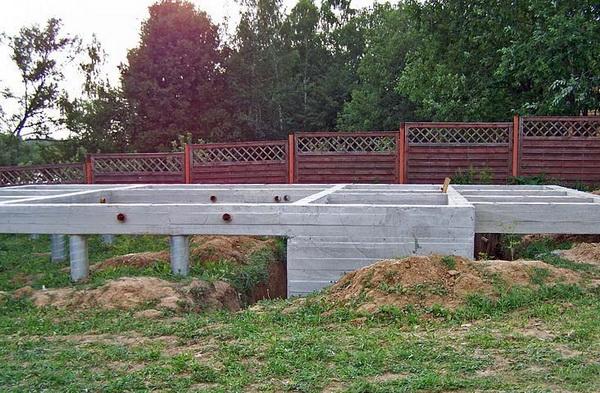 Свайно-ростверковый фундамент под газобетон - основание под стены из газобетона 3