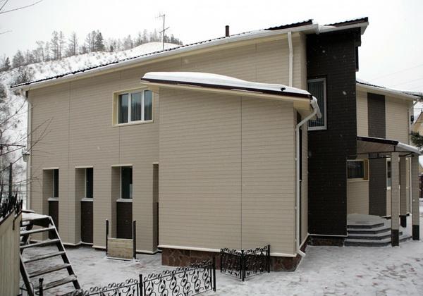 Виды и применение фиброцементных плит для фасадов частных домов 4
