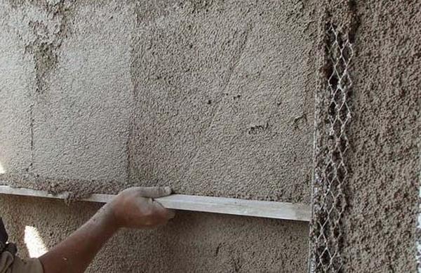 Применяем теплую штукатурку для фасада кирпичного дома 3