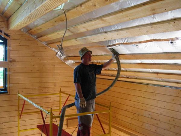 Чем можно утеплить потолок в бане дёшево и эффективно 4