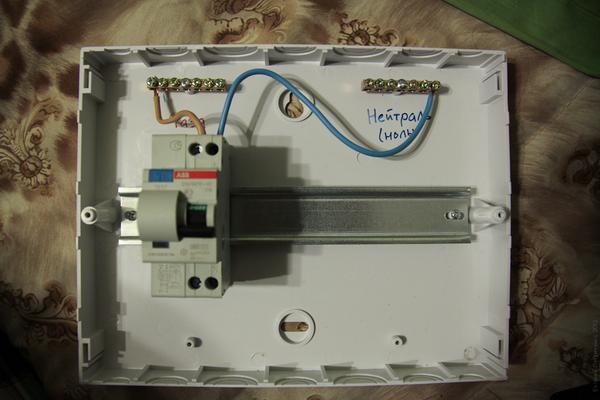 Подключение УЗО и дифавтомата - схема с заземлением 5