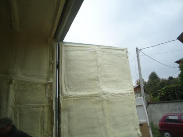 Утепляем стены дома, бани, гаража пенополиуретаном 4