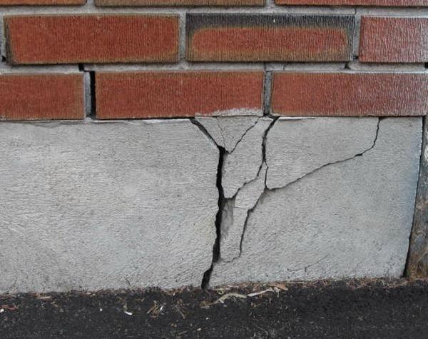 Треснул фундамент - что делать теперь, и как укрепить фундамент старого дома 2