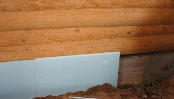 Утепление фундамента деревянного дома снаружи экструдированным пенополистиролом 4