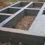 Утепление фундамента деревянного дома снаружи экструдированным пенополистиролом 1