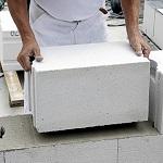 Пошаговая кладка стен дома из газобетонных блоков 1