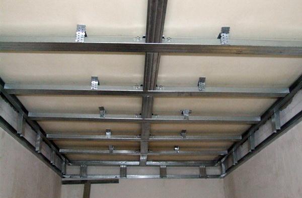 Каркас для подвесного потолка из пвх панелей своими руками