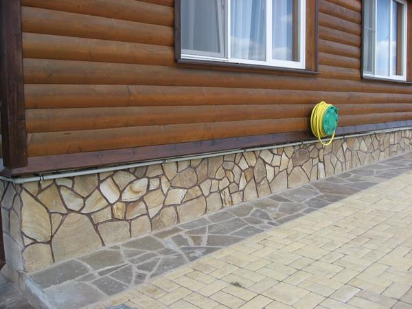 Варианты отделки фундамента дома под камень 3