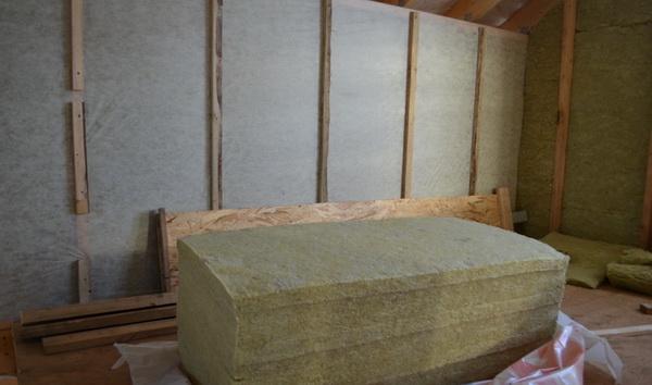 Пароизоляция стен каркасного дома изнутри современными материалами 4