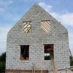 Что лучше использовать для постройки 2-х этажного дома - пеноблок или газоблок 1