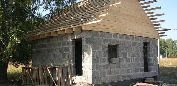 Возможные варианты постройки домов из арболита 4