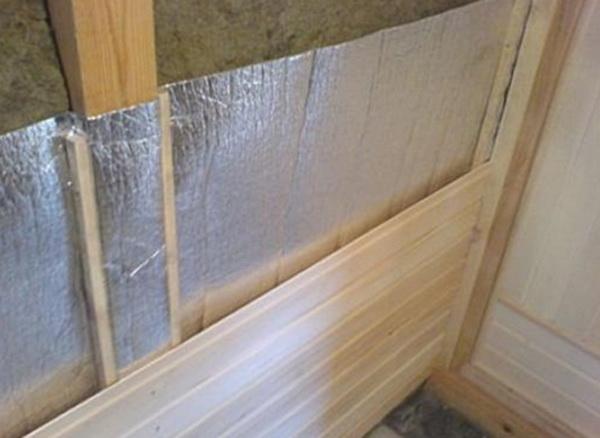 Как правильно утеплить стены в бане изнутри – способы и варианты 2