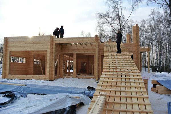 Можно ли строить жилой дом из бруса зимой 4